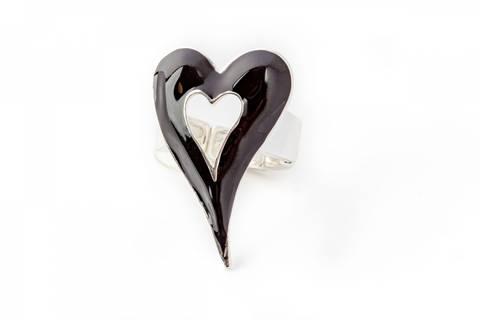 Bilde av 30101 Ring sort emalje hjerte